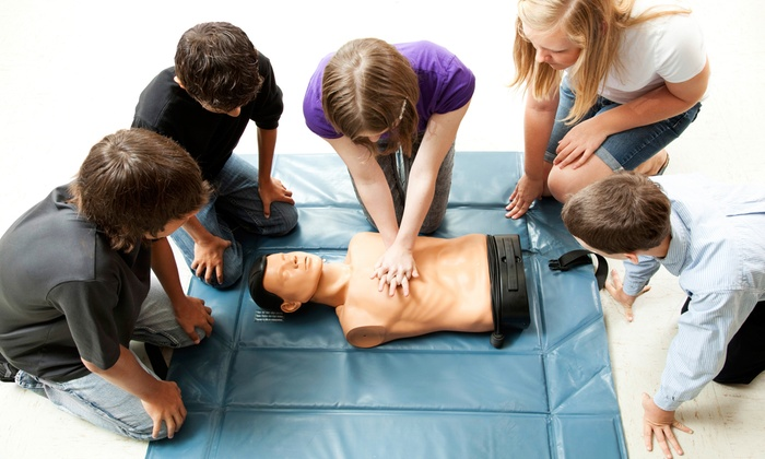 First Aid Training Classes For Employees at Workplace